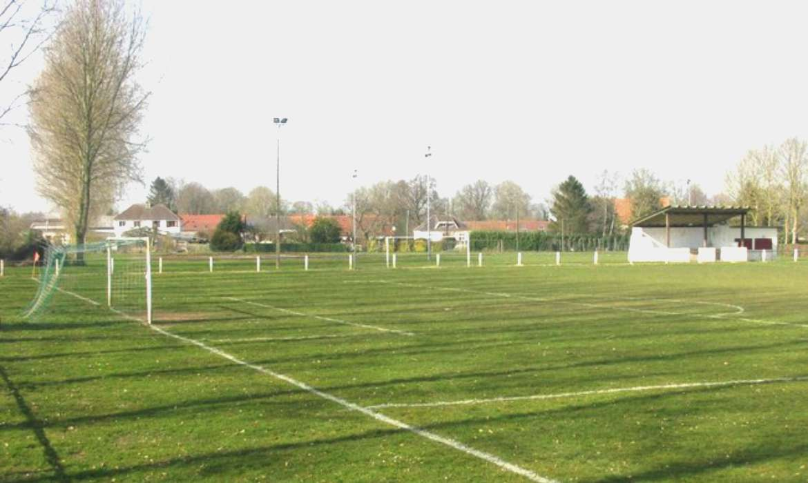 terrain de football amateur