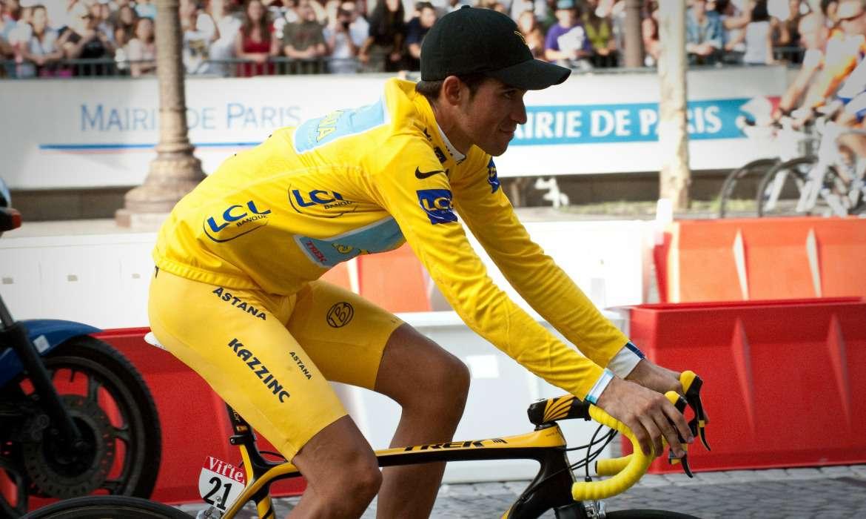 alberto contador maillot jaune tour de france 2009