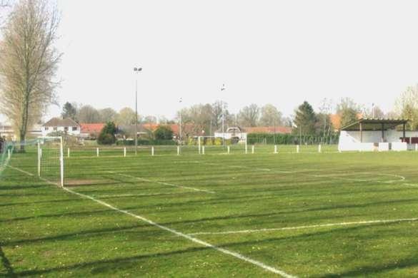 terrain de football amateur