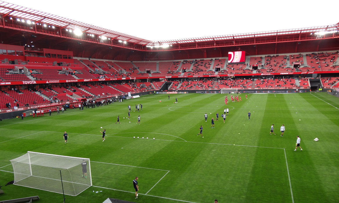 stade du hainaut valenciennes football ligue 2