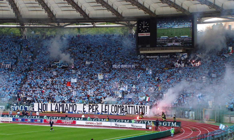 supporters curva nord lazio rome football italie stade