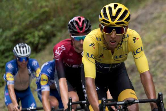 egan bernal cyclisme tour de france maillot jaune team ineos