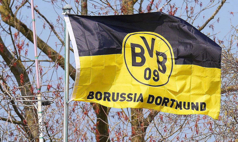 Borussia Dortmund football drapeau bundesliga
