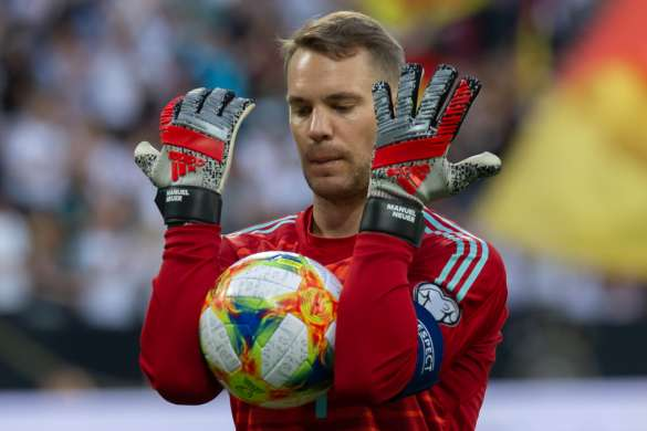 manuel neuer bayern munich bundesliga football allemand
