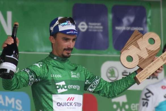 julian alaphilippe podium 2018 maillot vert