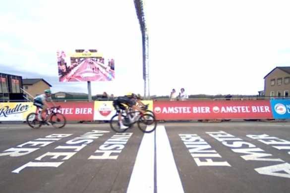 van aert pidcock amstel gold race 2021